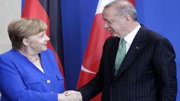 Меркел обяви безпрецедентна четиристранна среща за Сирия през октомври