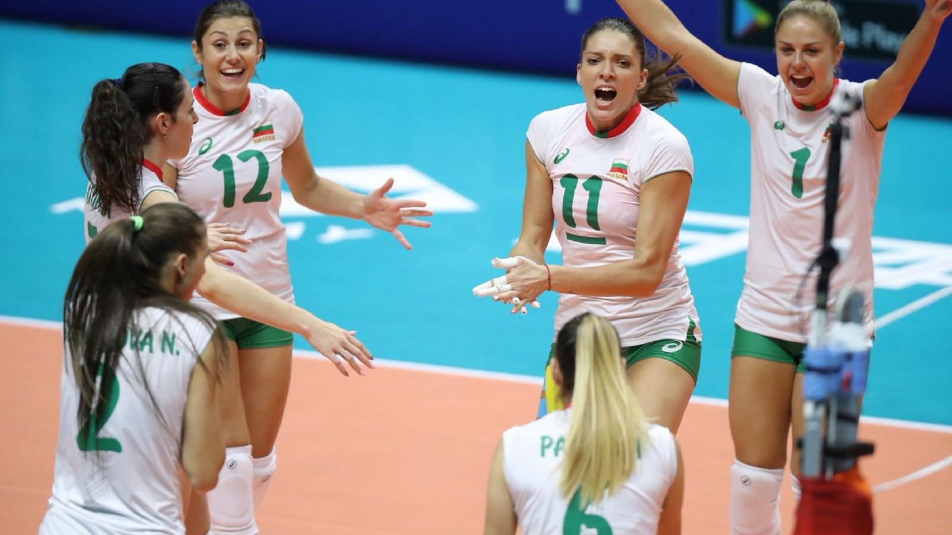 България с първа победа на Мондиала