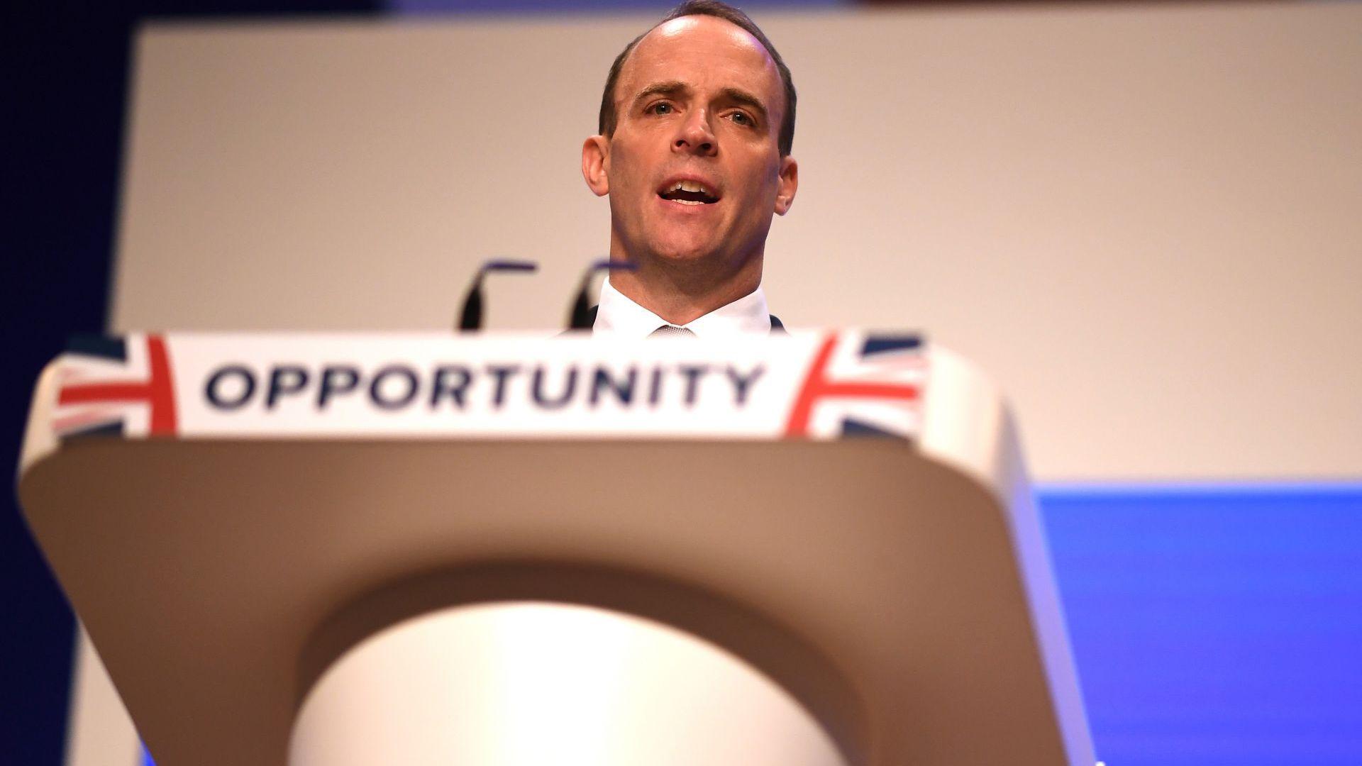 Министърът за Брекзит обвини ЕС, че опитва да накаже Великобритания