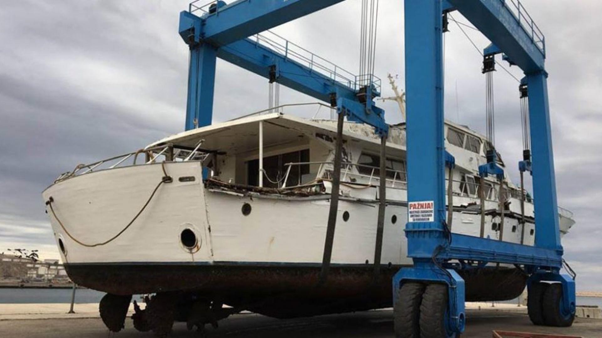 Кой ще купи бившата яхта на Тито?