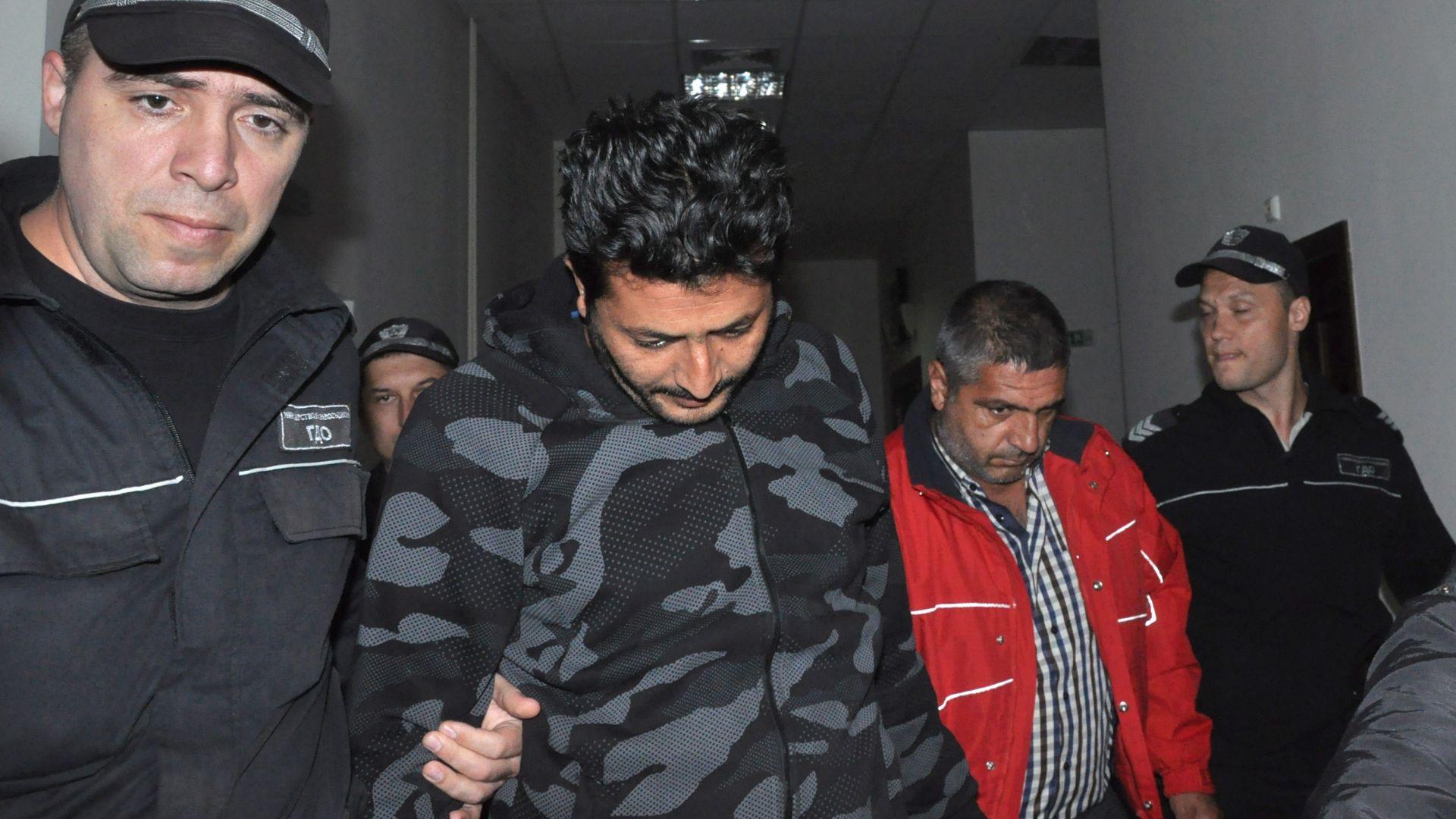 """Хасковският окръжен съд определи мярка за неотклонение """"задържане под стража"""" за двамата ирански шофьори на тирове"""