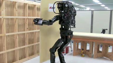 Създадоха робот-строител (видео)