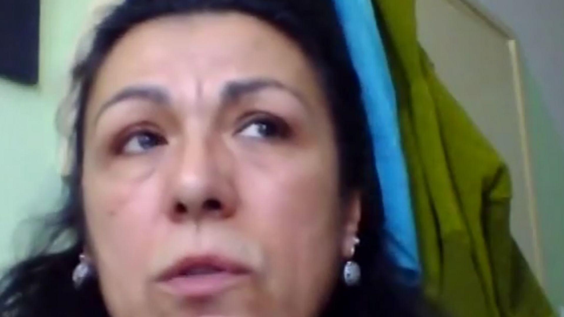 Едно от лицата на протестите на майките - за живота извън България