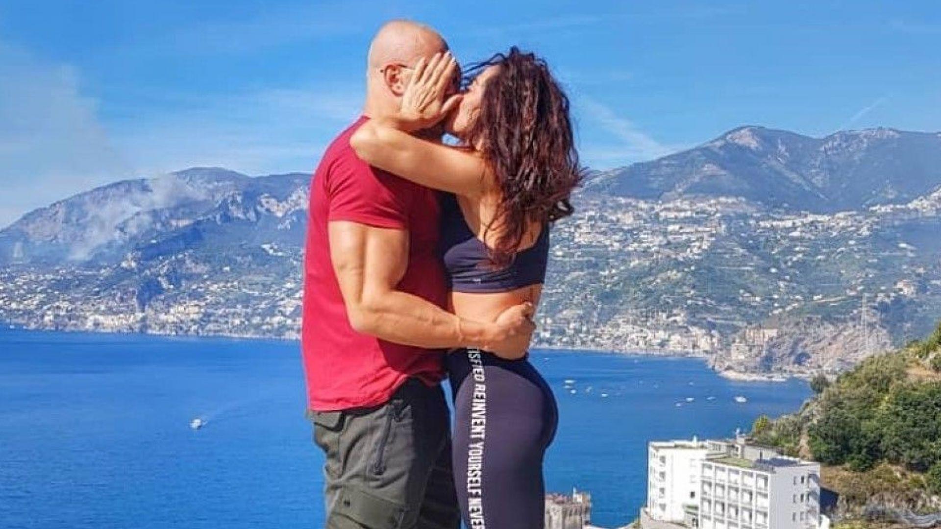 Маги Сидерова отбеляза една година брак с италианско пътешествие