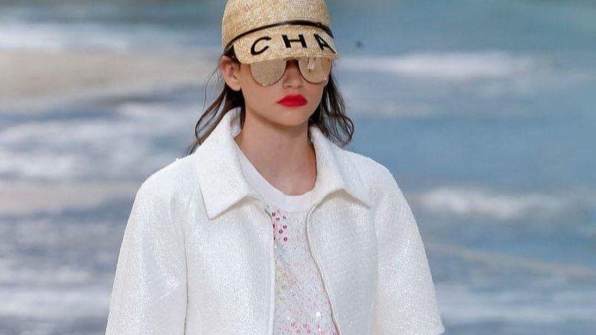 16-годишна българка дефилира за Chanel в Париж