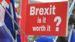 Великобритания отпуска 2 млрд. за подготовка за Брекзит без сделка