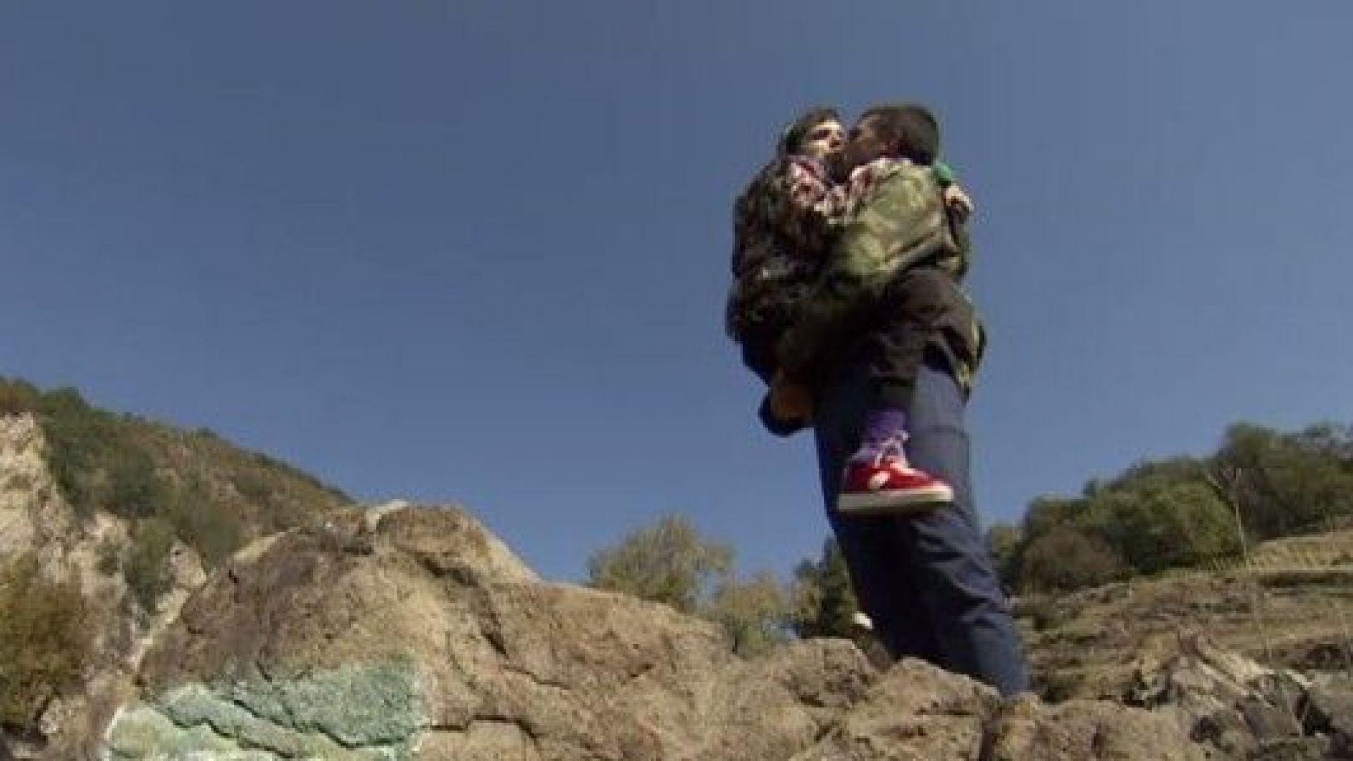 Брат качи болната си сестра до връх Ботев за ЧРД