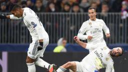 """След 5 часа без вкаран гол, Мадрид вече """"хленчи"""" за Роналдо"""