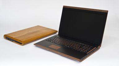 Дървен лаптоп намалява електронните отпадъци