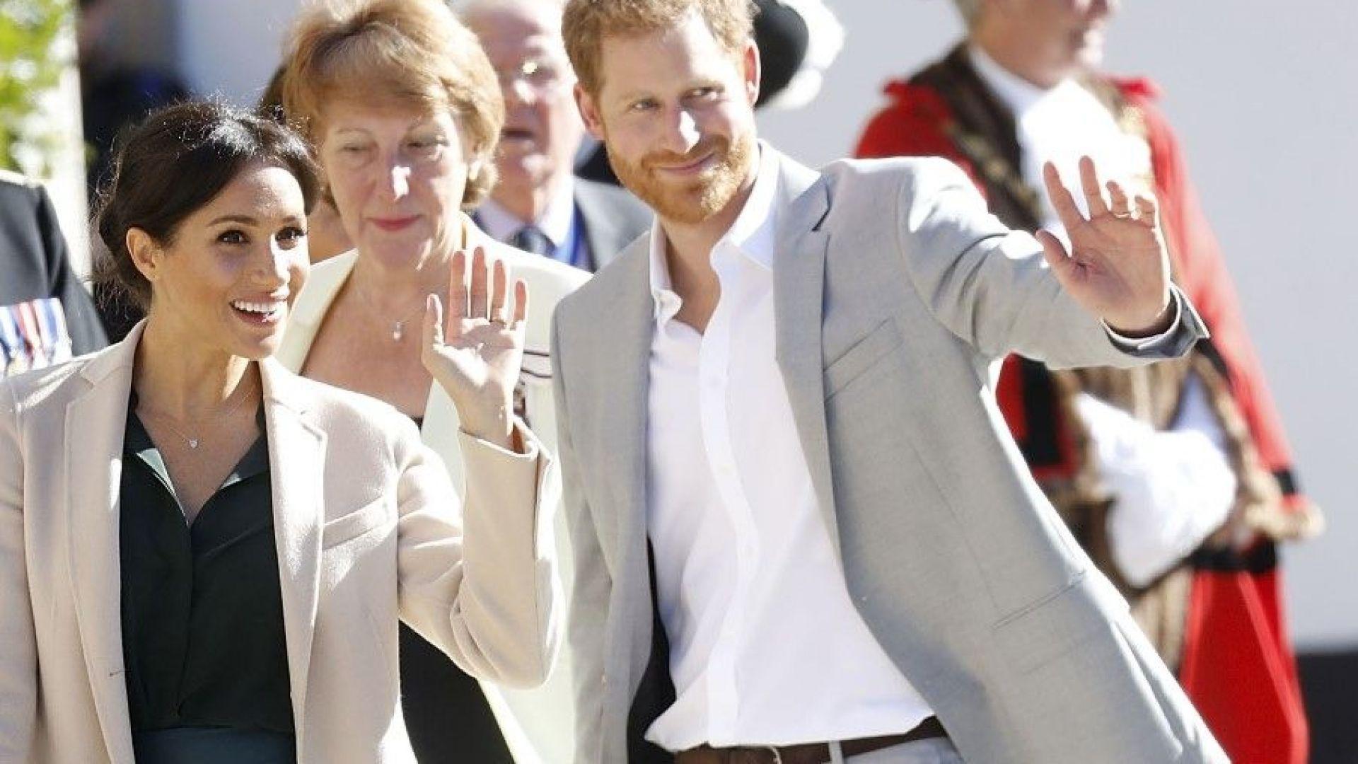 Хари и Меган на първа визита в своето херцогство