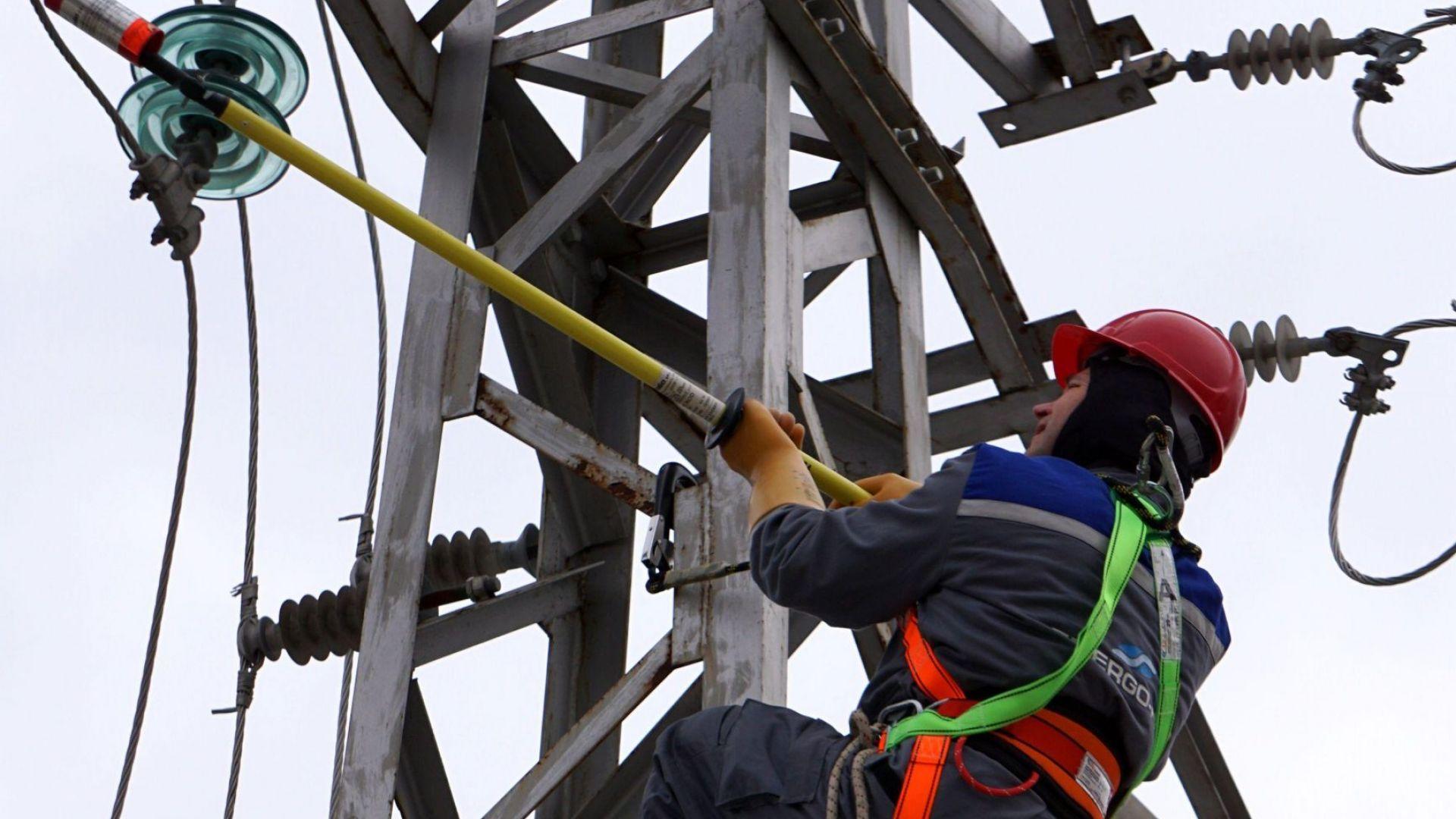 Над 100 места в Софияостанаха без ток.Според потребители в мрежататова