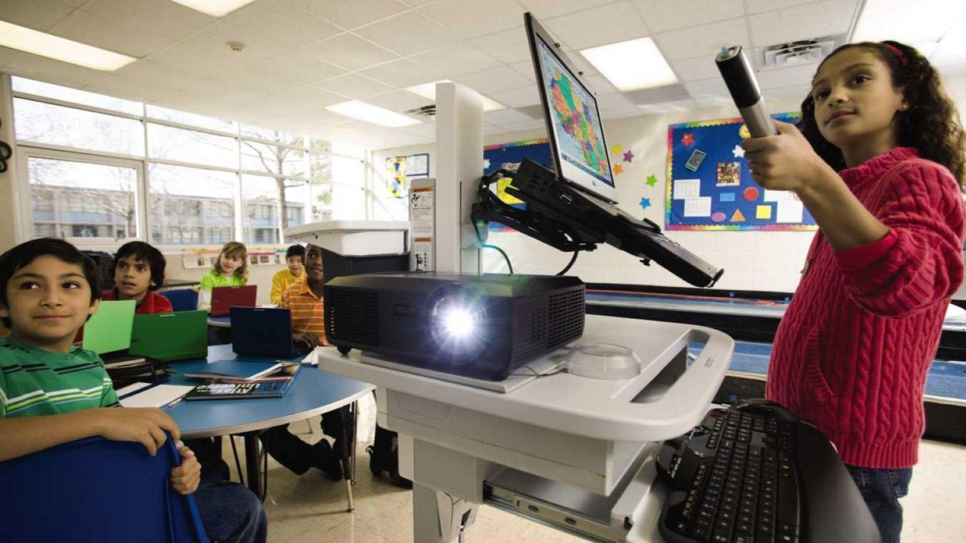 Изкуственият интелект в образователната индустрия ще нарасне с над 45% до 2021 г.