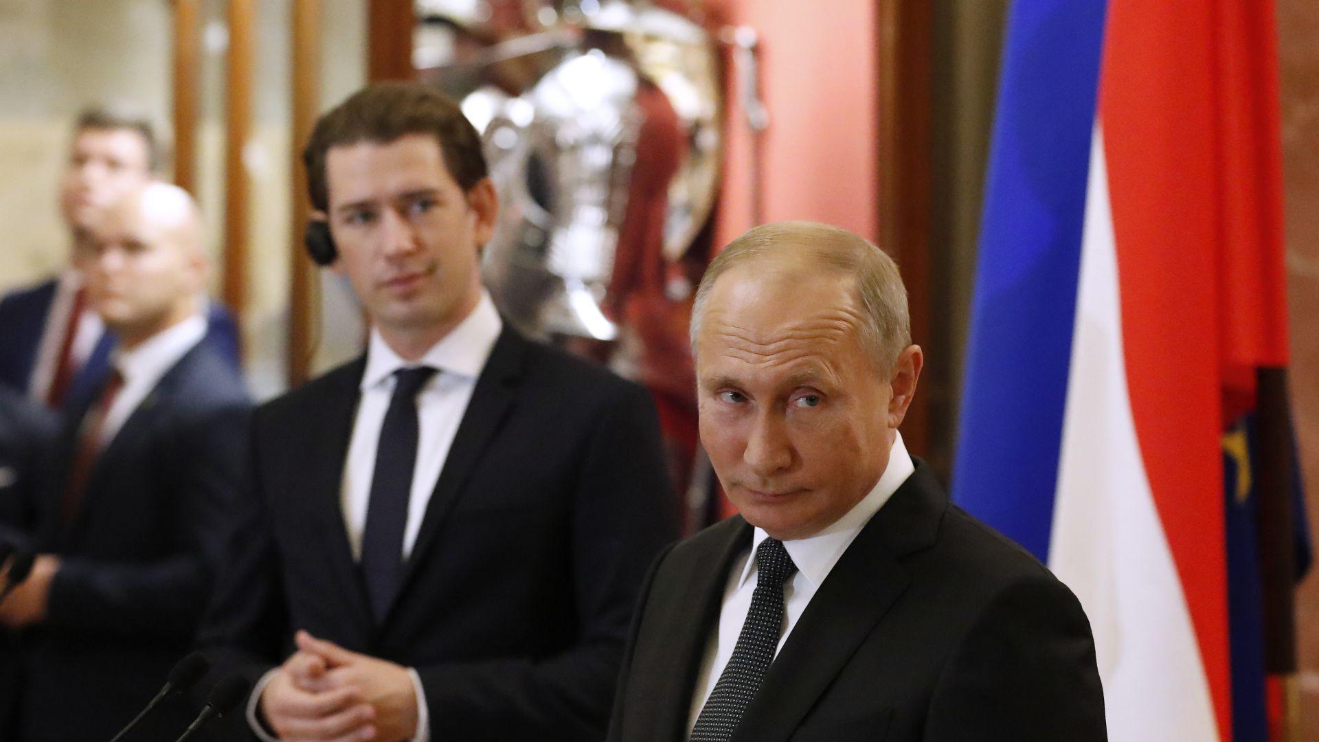 Курц отиде в Русия за изкуство, но ще говори за бизнес и политика