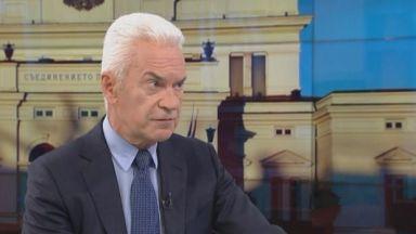 Сидеров атакува външния министър за Пакта за миграцията