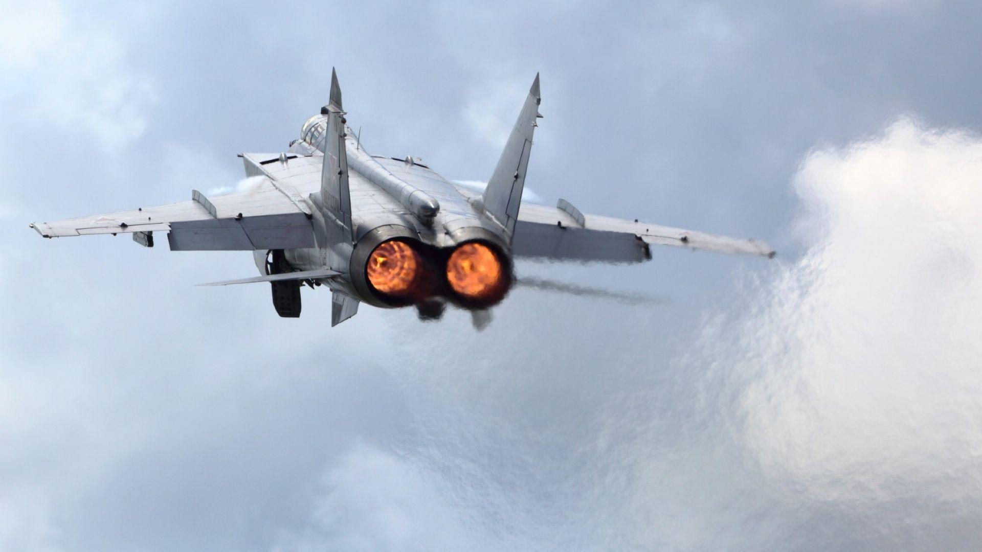 РИА Новости: МиГ-31БМ полетя в близкия космос (видео)