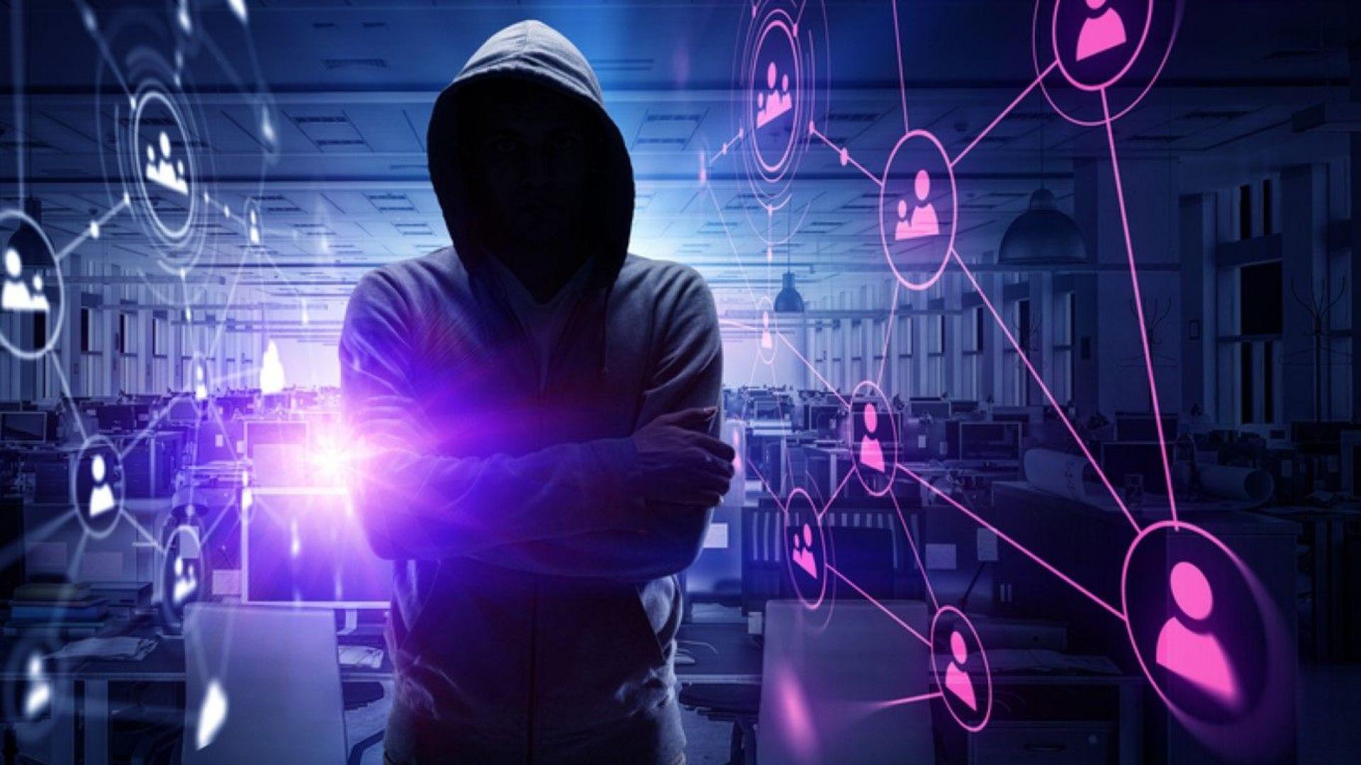 Открит е изключително сложен софтуер за шпионаж