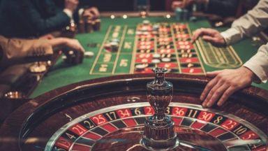 Маскирани и въоръжени бандити обраха казино за втори път