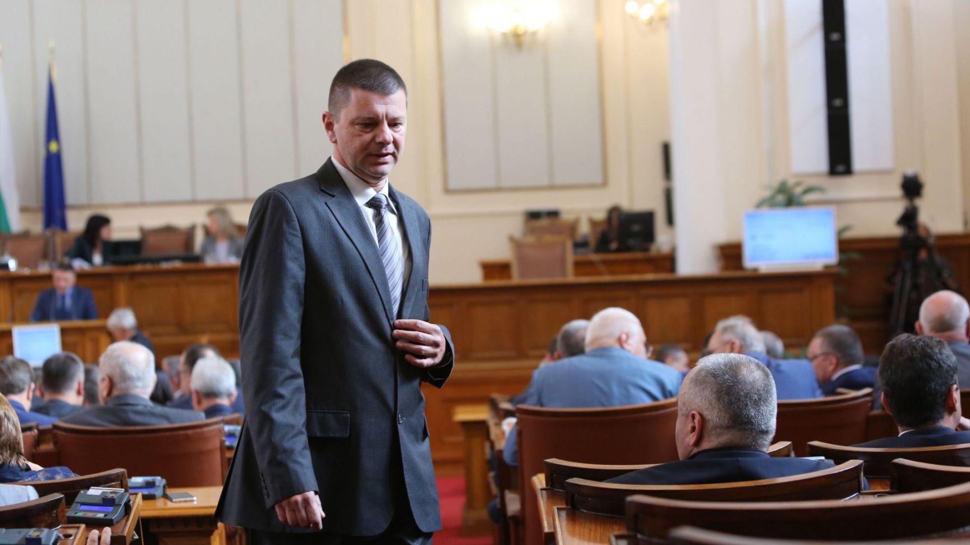 Избраха Красимир Влахов за конституционен съдия от квотата на НС