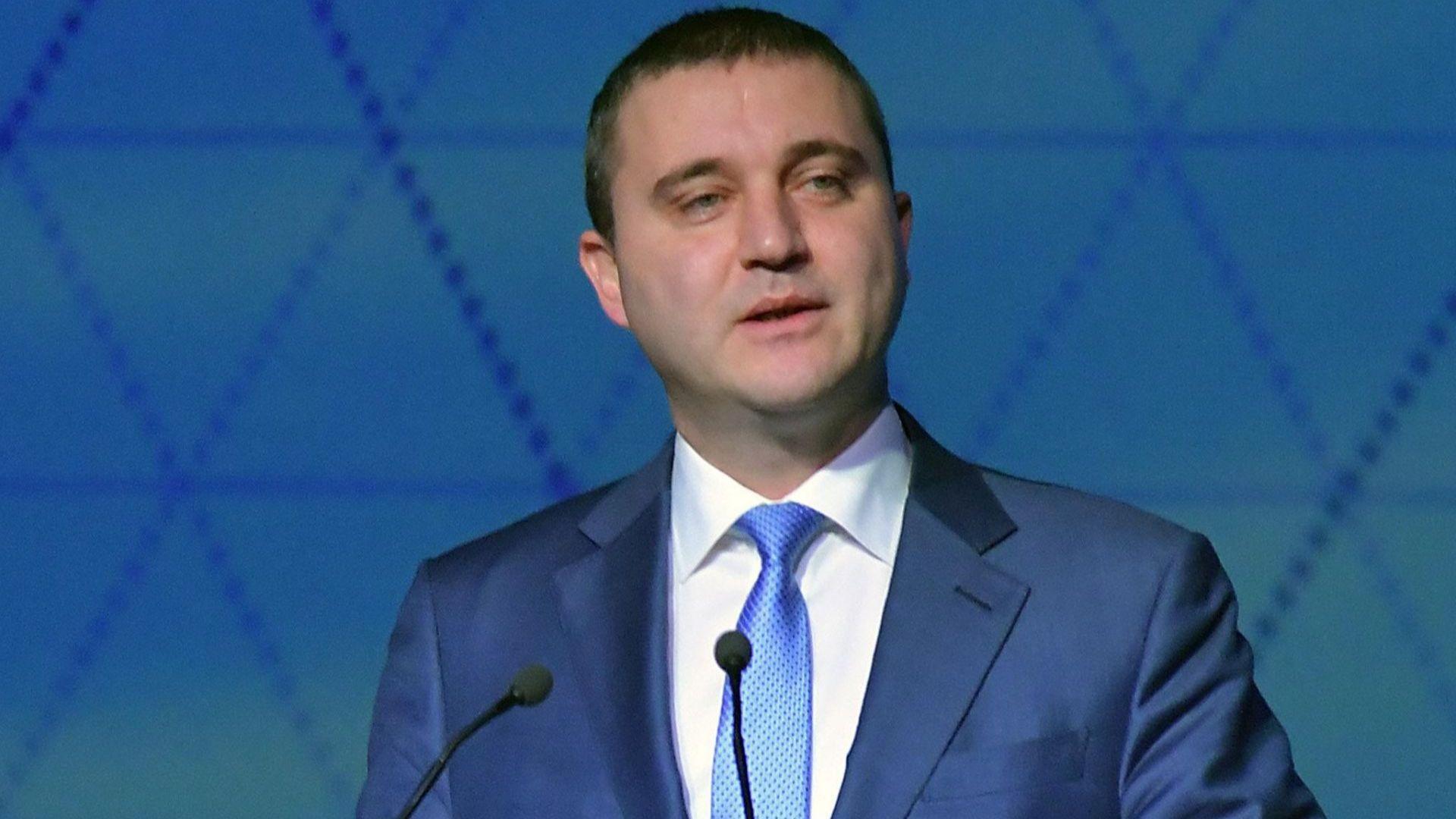 Министерството на финансите намали прогнозите си за растежа на икономиката