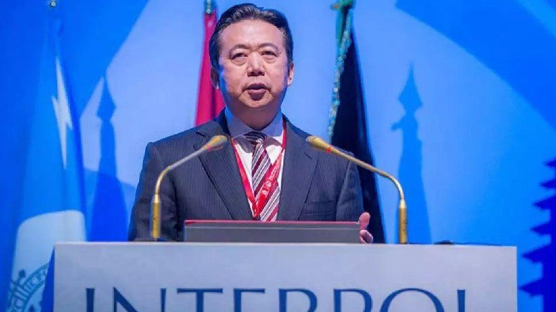 Интерпол няма да се занимава с изчезването на президента си