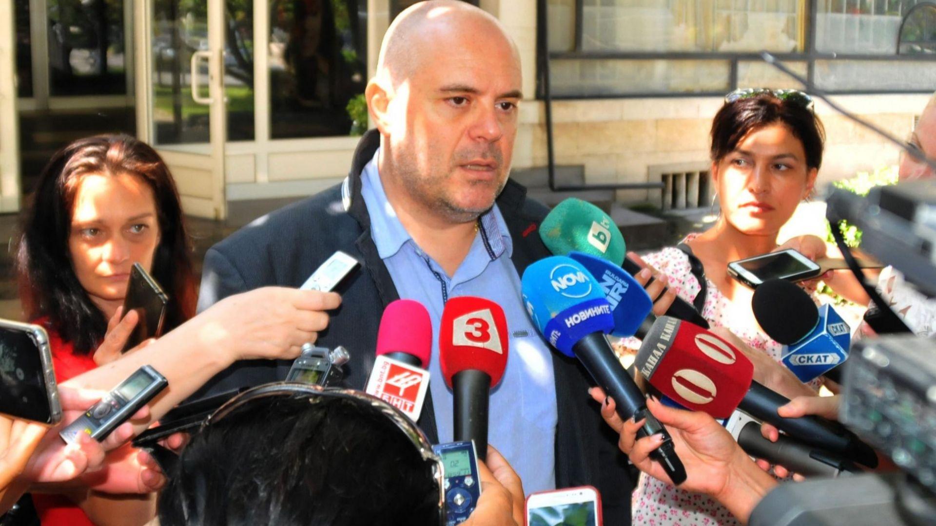 Седем души, сред тях двама лекари и фармацевт, са задържани за онкосхемата за източване на НЗОК