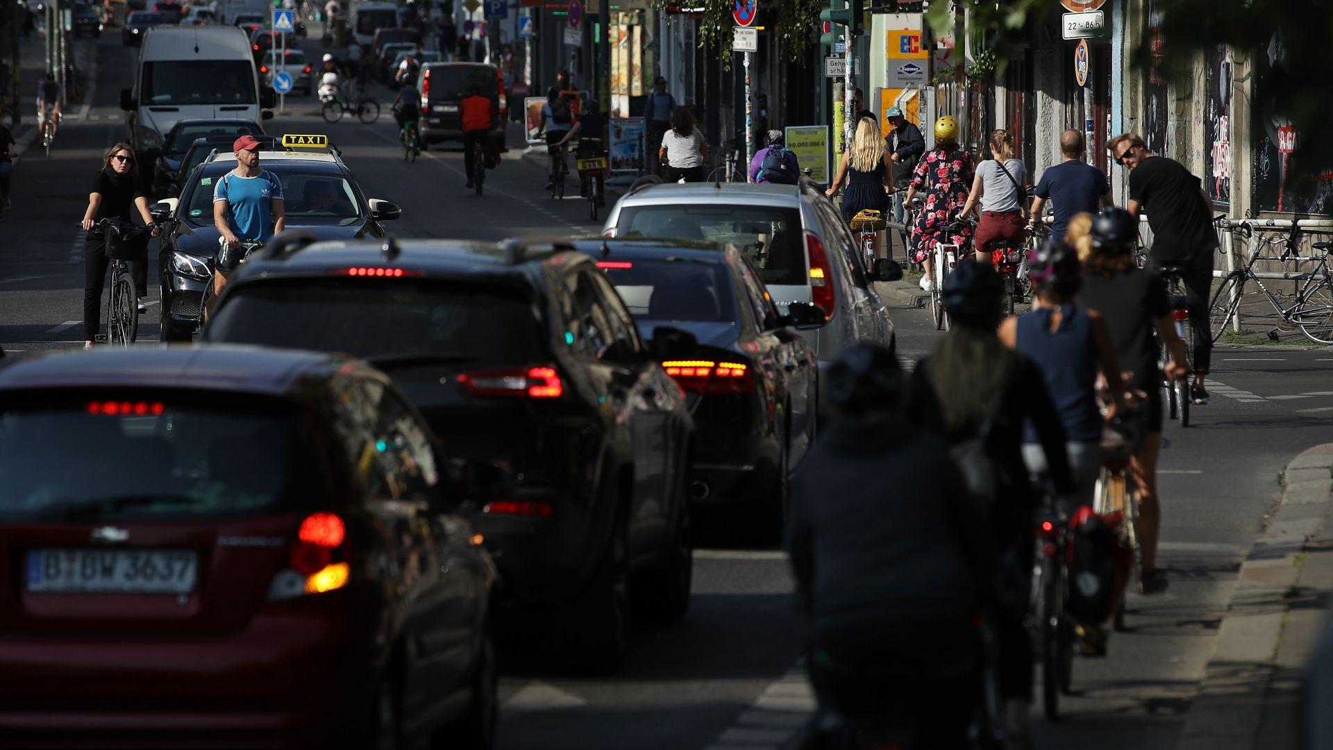 Берлин затваря улици за по-старите дизелови автомобили
