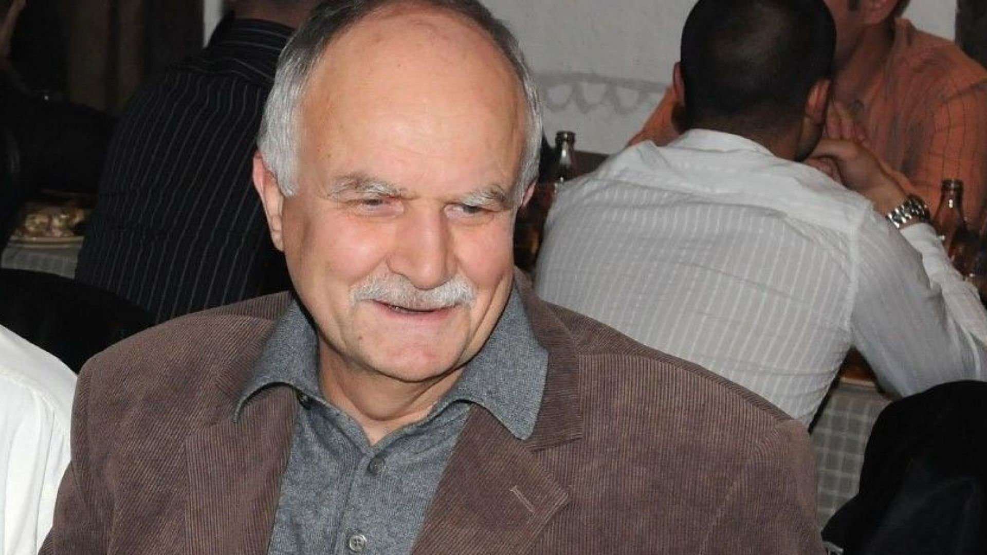 Никола Филчев : Олигарсите забогатяха по престъпен начин, влияят на политическата система