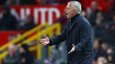 Жозе търси доносника в лагера на Юнайтед