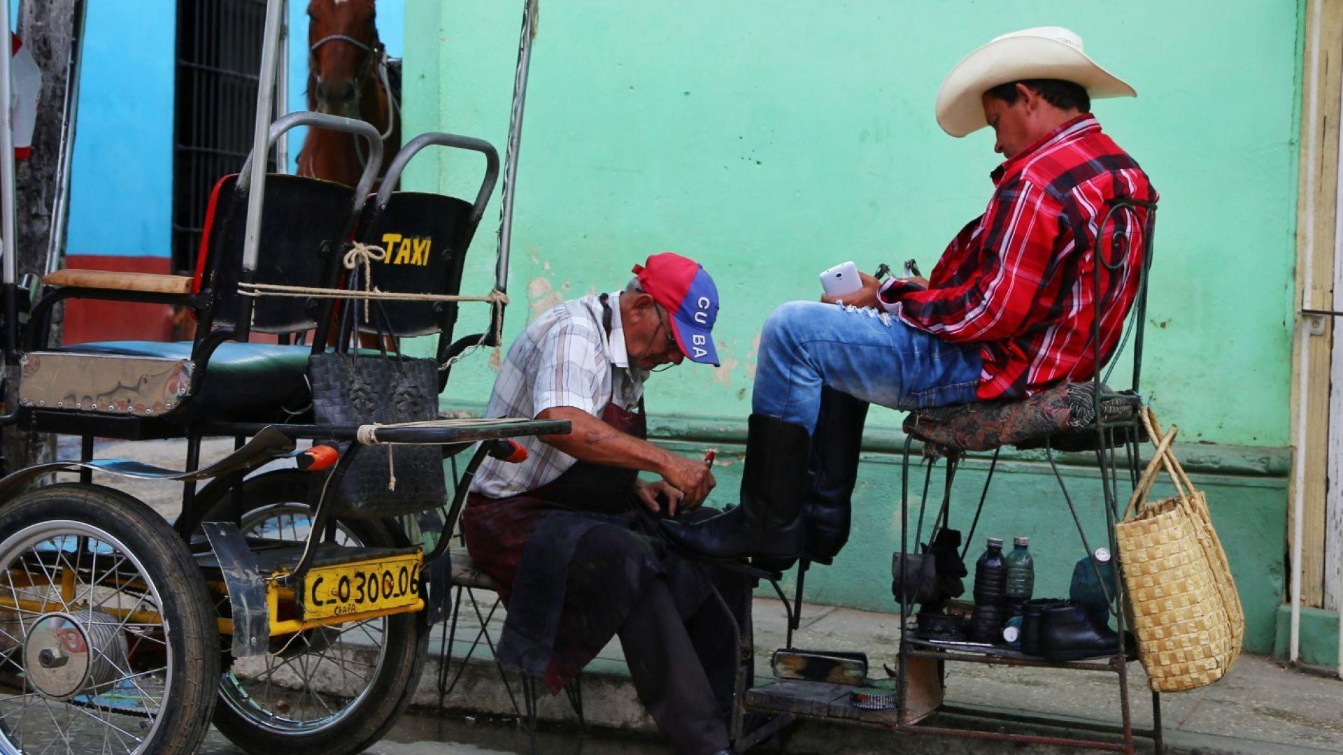 Куба губи по $12 млн. на ден заради US санкциите