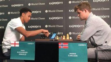 Английски национал издържа 17 хода срещу Световния шампион по шах