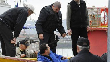 Тормозът към граничарите от Бургас продължава