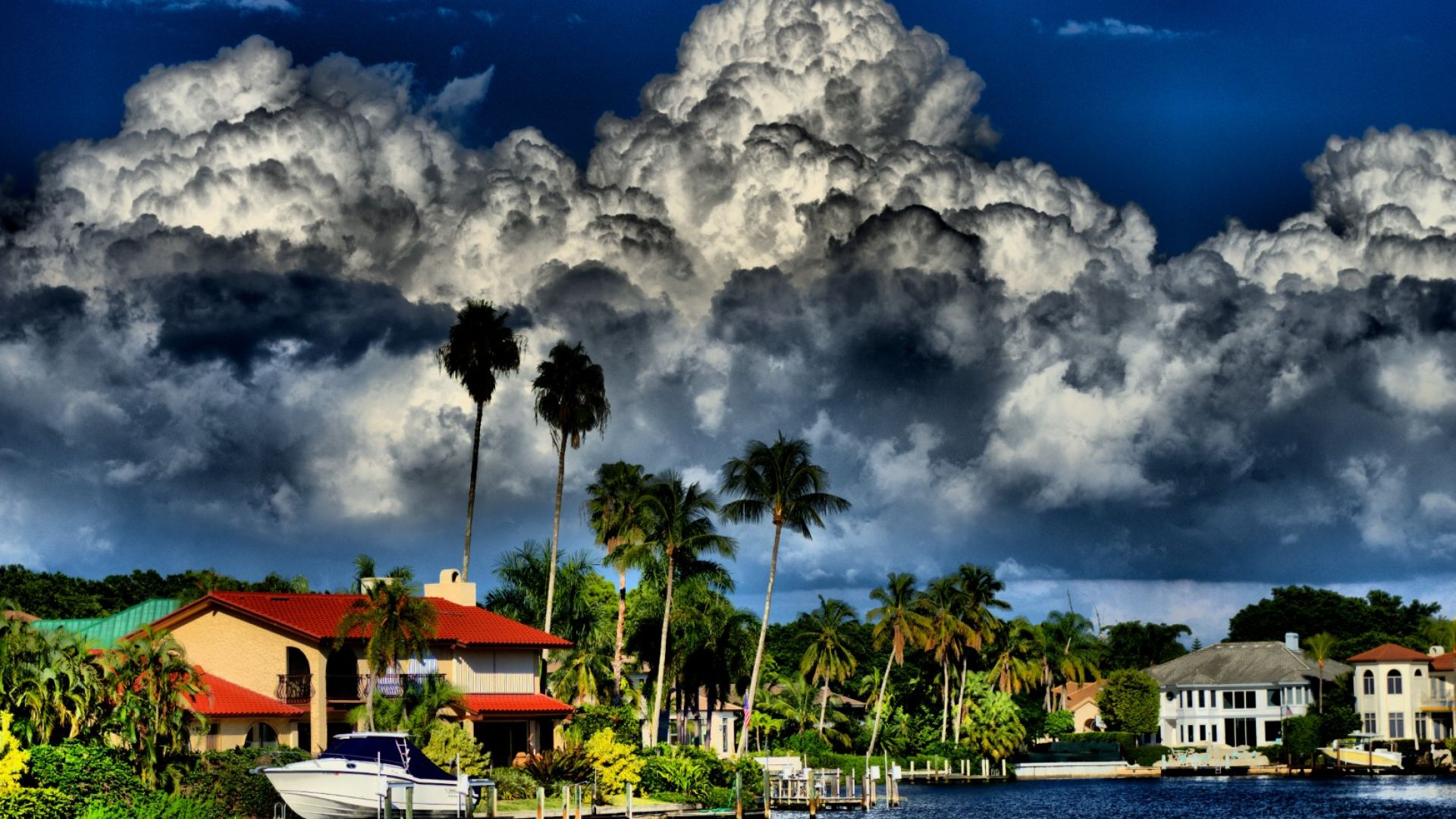 Ураганът Майкъл удря Флорида утре