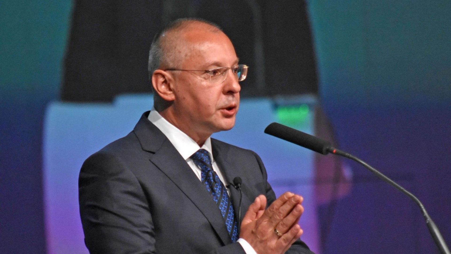 Евродепутатите от БСП настояват за остра реакция срещу езика на омразата на Джамбазки