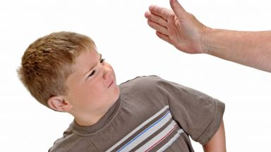 Предложение: Затвор за домашно насилие над дете