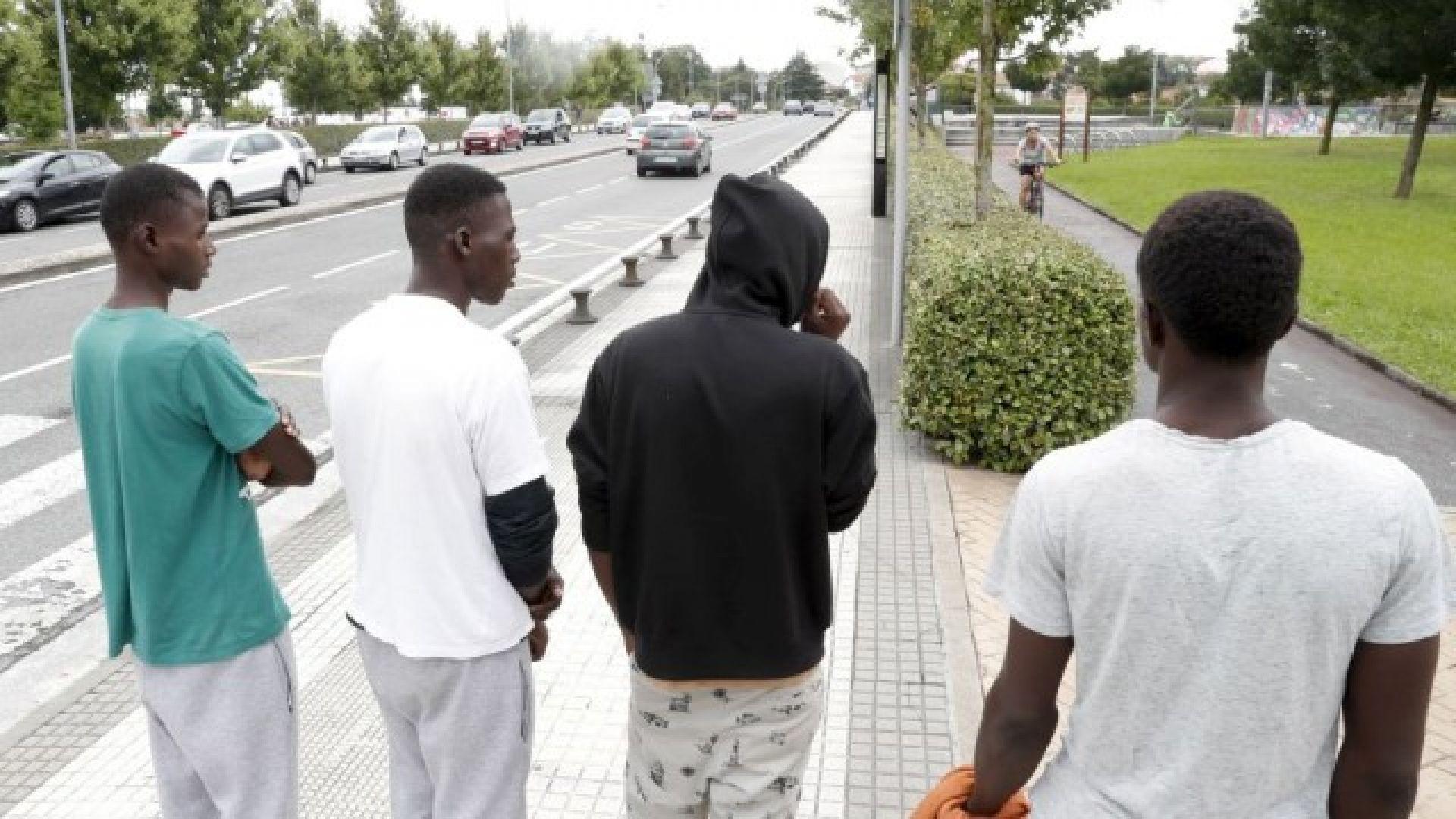 Берлин отрече да планира още 15 млрд. евро за бежанците