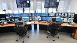 """Световни компании се обучават в смарт центъра на рудник """"Челопеч"""" (видео)"""