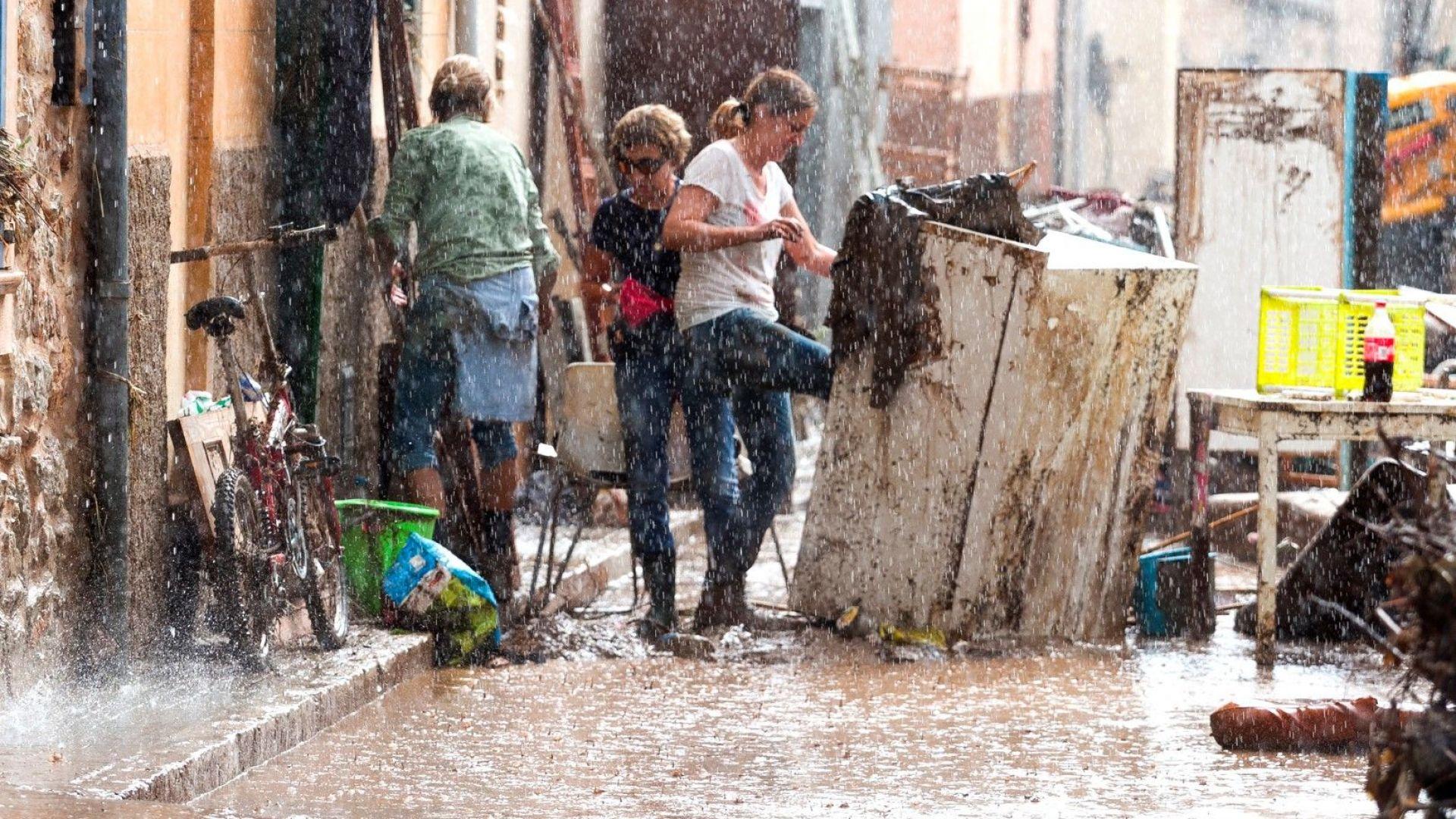 Най-малко 10 загинали при наводненията на остров Майорка