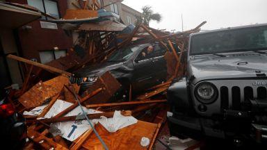 Над 1000 изчезнали във Флорида след опустошителния Майкъл