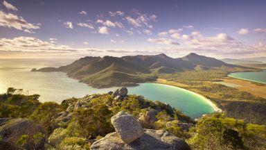 Учени откриха огромни подводни вулкани край Тасмания