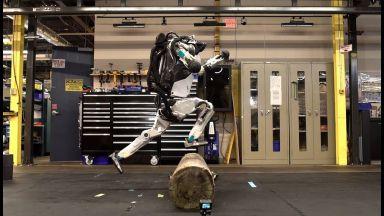 Роботът Atlas усвои нови човешки умения