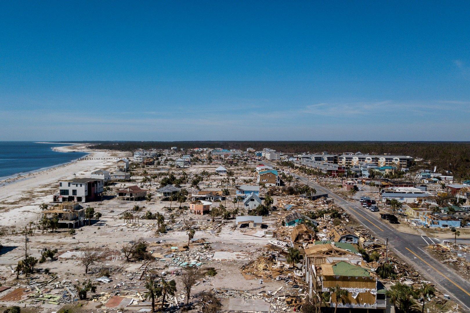След урагана Майкъл