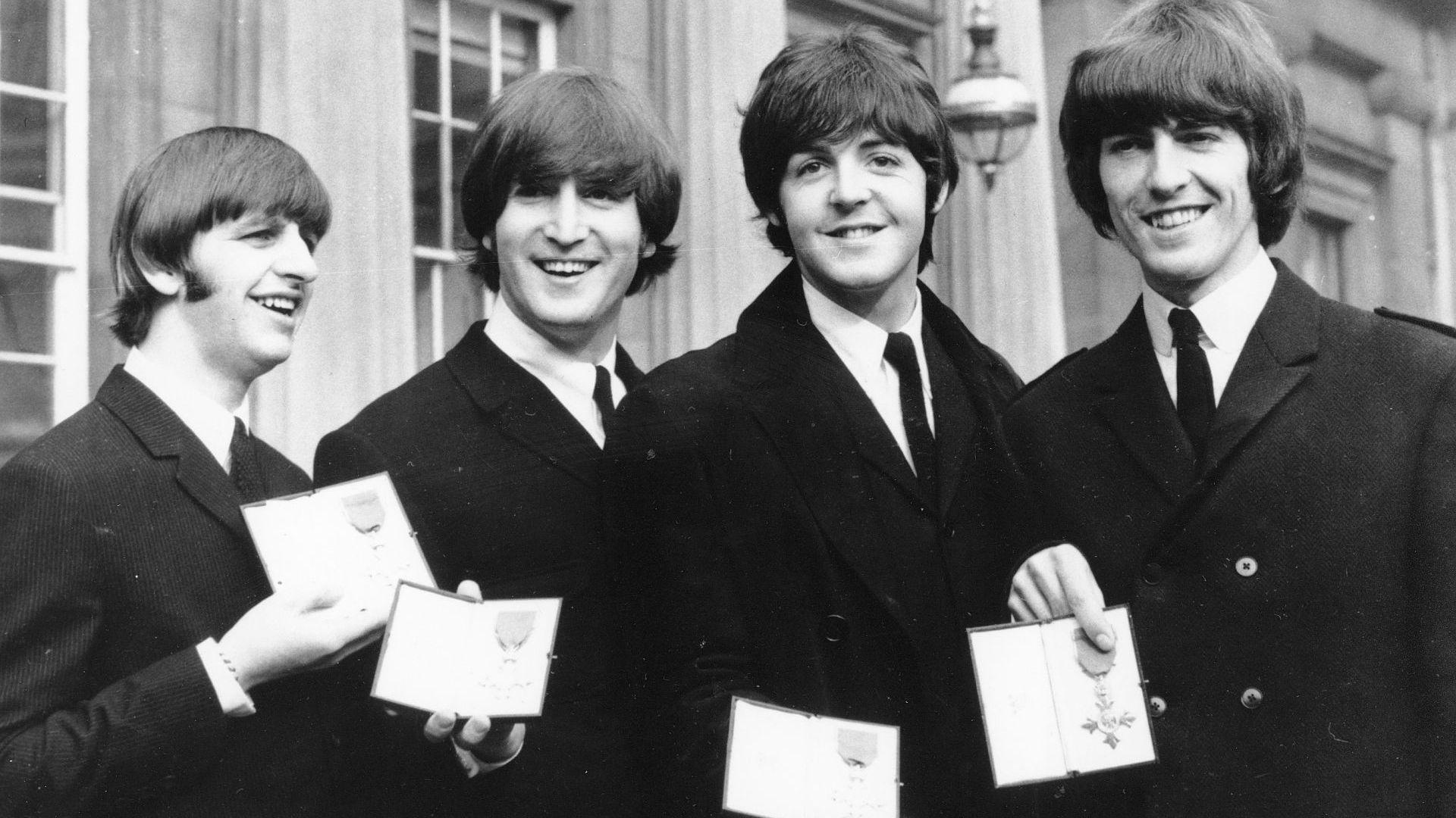 """Албум на """"Бийтълс"""" е най-популярният във Великобритания"""