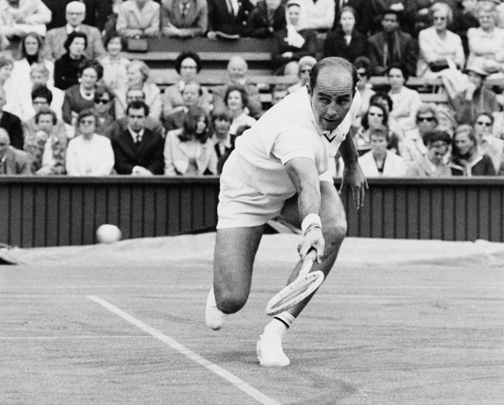 Боб Хюит изгуби правото да е в Залата на славата в тениса, след като бе признат за виновен в сексуални посегателства на млади момичета, на които е бил треньор.