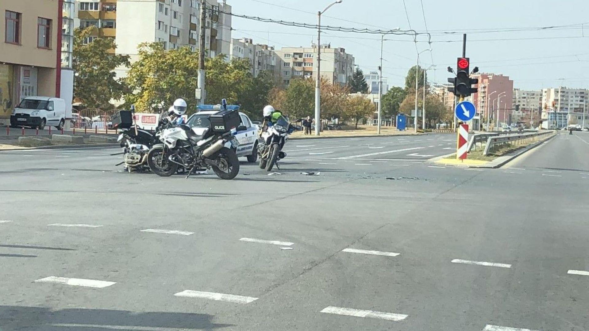 """Полицай от """"Сигма"""" е ранен след удар в автомобил"""