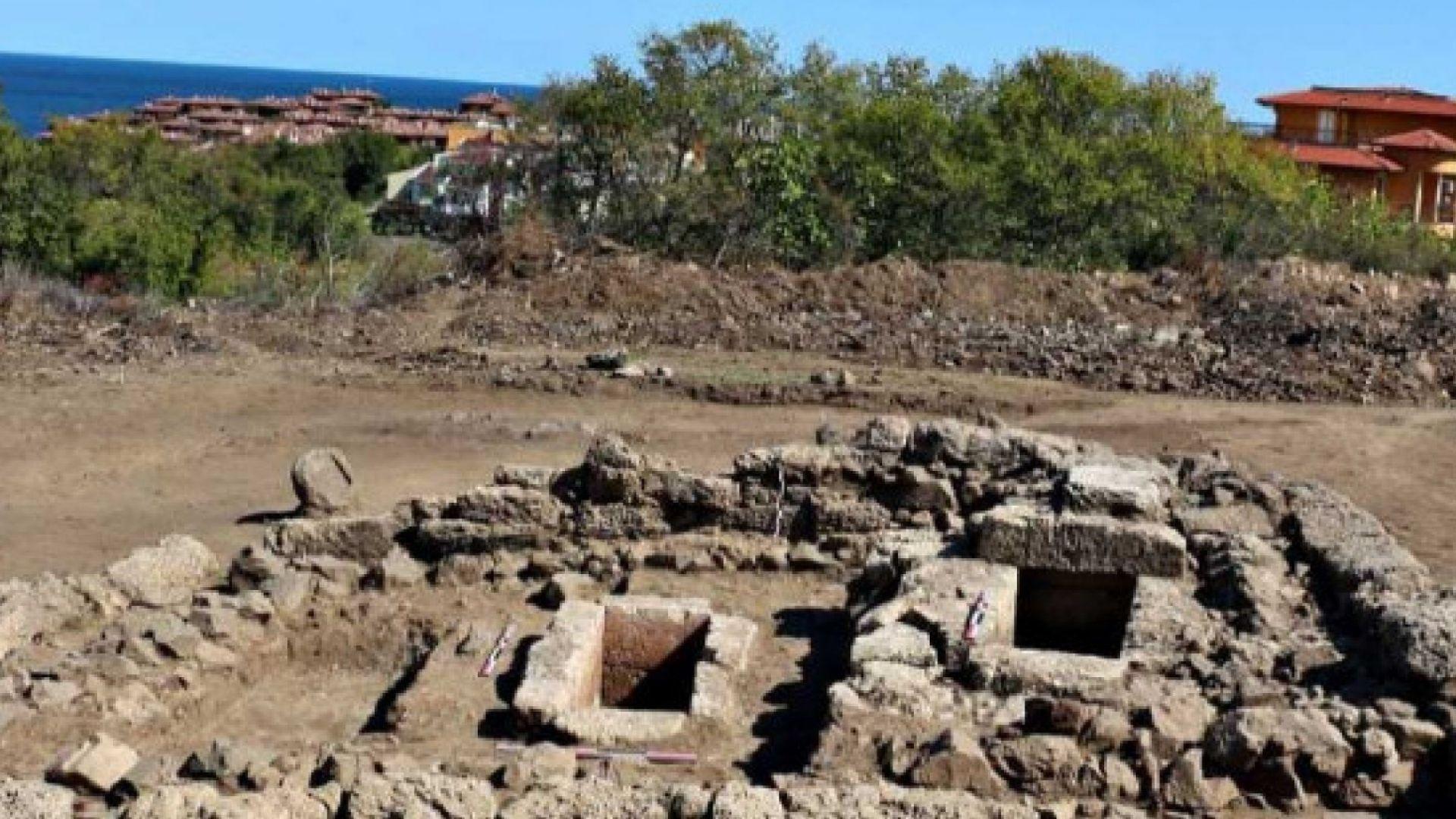 Уникално в Созопол: Откриха най-голямата фамилна гробница
