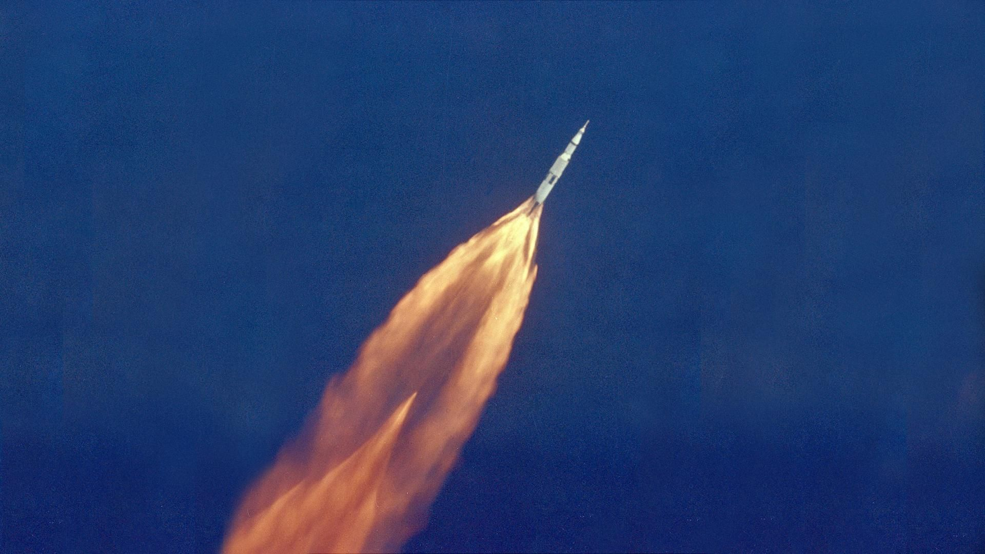 """""""Хюстън, имаме проблем"""": Оцеляването на астронавтите от """"Аполо 13"""""""