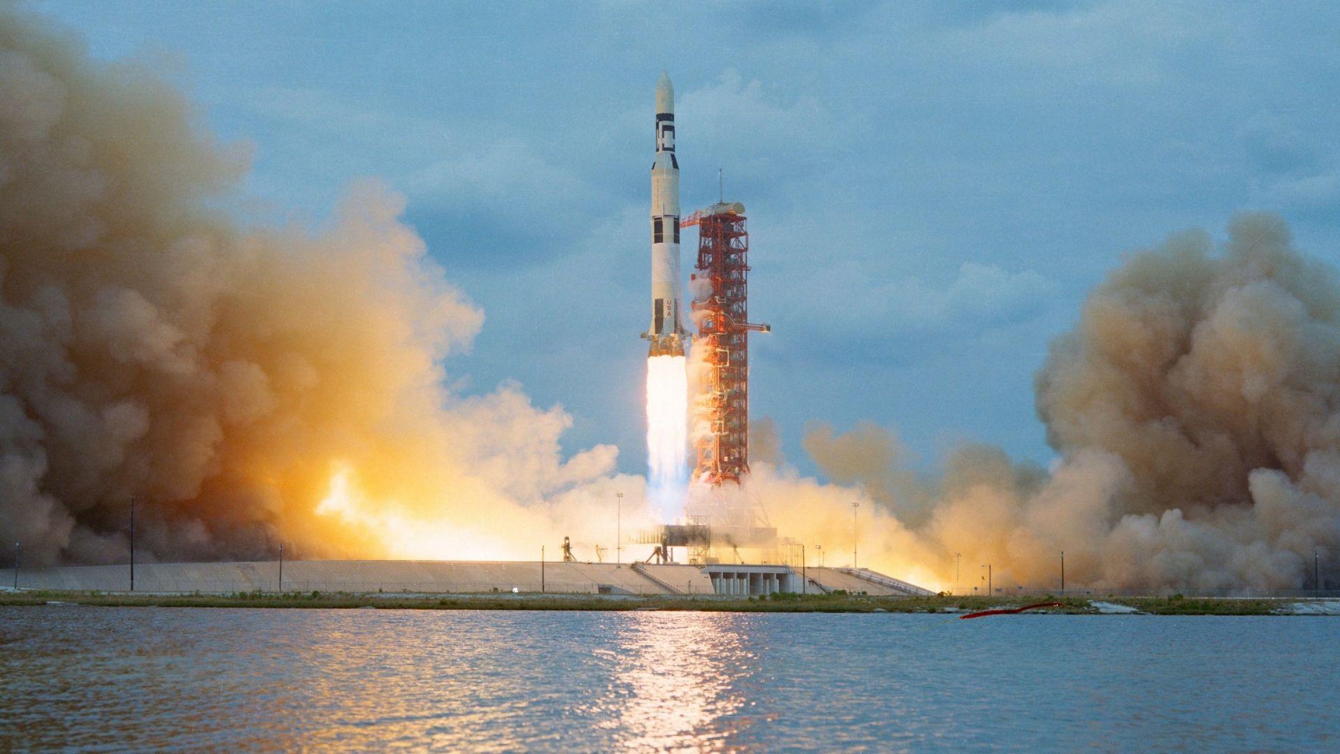 Най-красивите снимки на ракетни изстрелвания