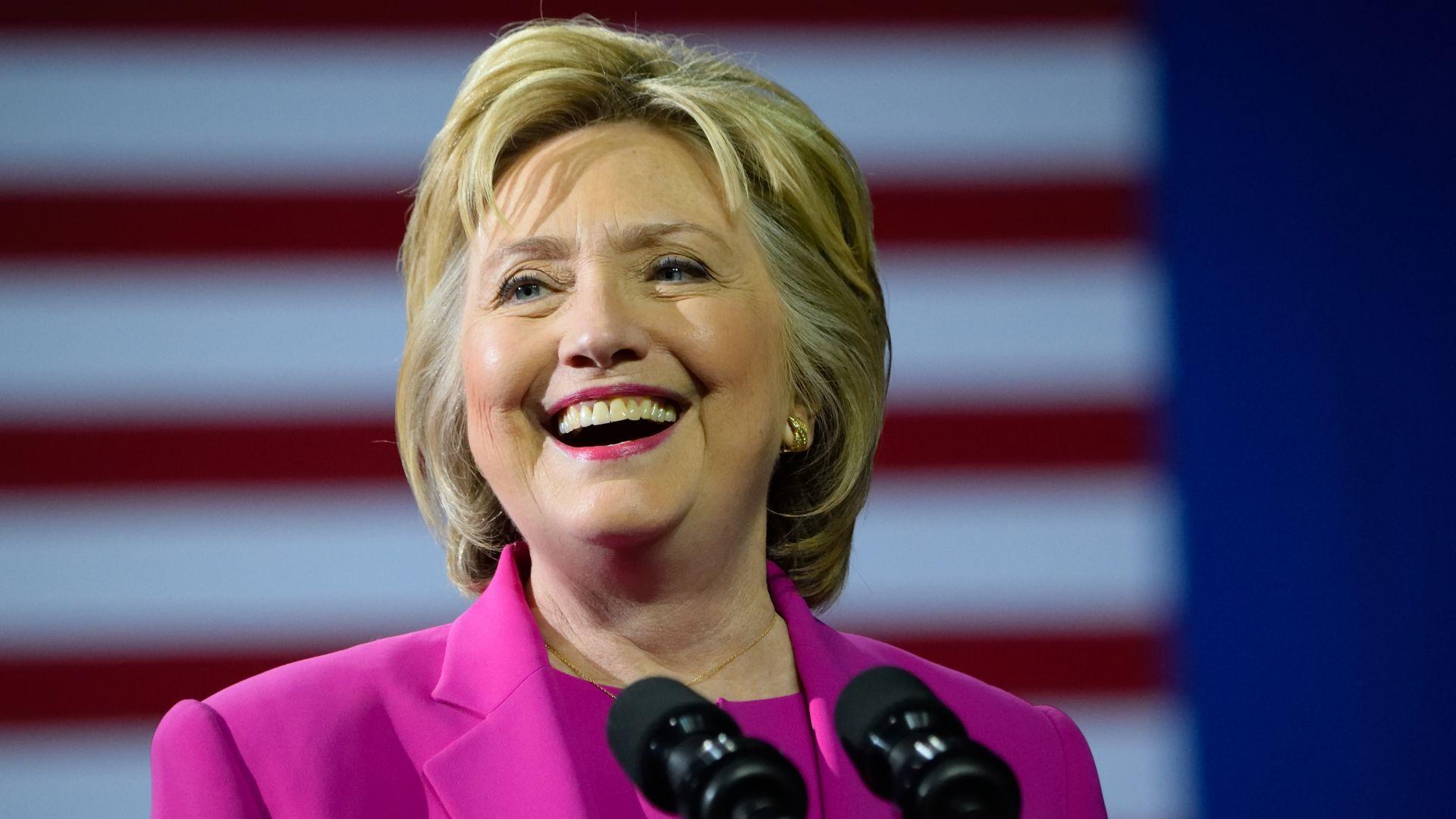 В интервю за американската телевизия CBS Хилари Клинтън заяви, че
