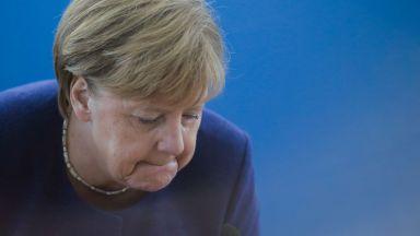Меркел: Загубихме доверие, но ще си го върнем
