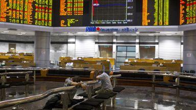 Масови откази от IPO след срива на борсите